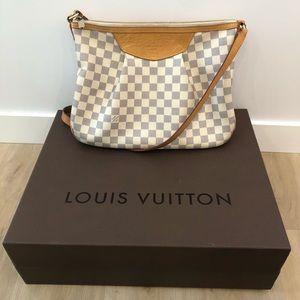 AUTHENTIC Louis Vuitton Siracusa Damier Azur MM